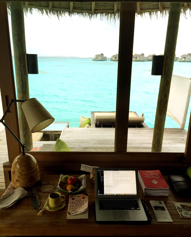 Maldives-villa-office-2016
